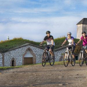 Cyklo, skupina u Větřáku, panorama